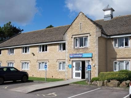 Travel Lodge Burford Cotswolds