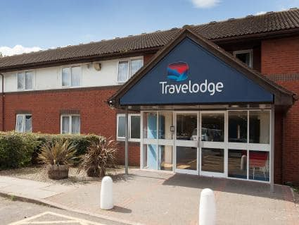 Travel Lodge<br>London Heathrow Airport Heston M4 Westbound