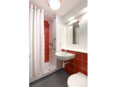 Caernarfon - Double bathroom