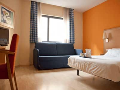 Barcelona Hospitalet - Family Room