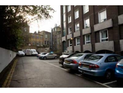 London Farringdon - Hotel car park