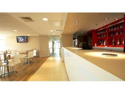 Altrincham Central - Bar cafe