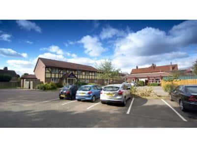 Bedford Goldington Road - Hotel car park