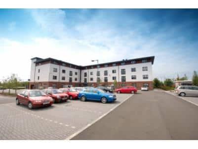 Glasgow Braehead - Hotel car park