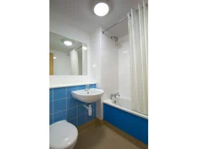 Glastonbury - Bathroom