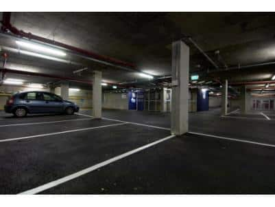 London Bromley - Hotel car park