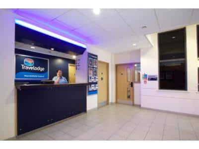 Macclesfield Central - Hotel reception