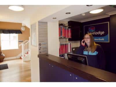 London Northolt Hotel - Reception