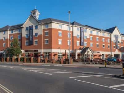 Portsmouth - Hotel exterior