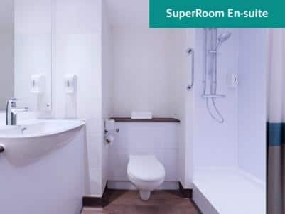 SuperRoom Bathroom