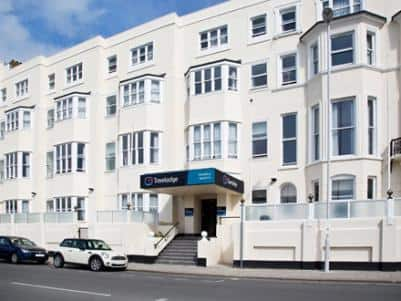 Worthing Seafront - Hotel exterior
