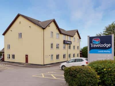 Leeds morley hotel-exterior