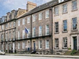 Edinburgh Queen Street - Exterior