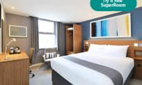 SuperRoom Farringdon double bedroom
