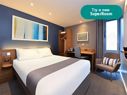 SuperRoom double bedroom