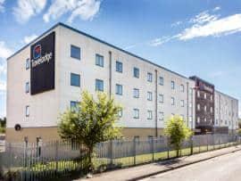 Sunbury M3 Hotel - Exterior
