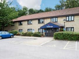 Beckington - Hotel exterior