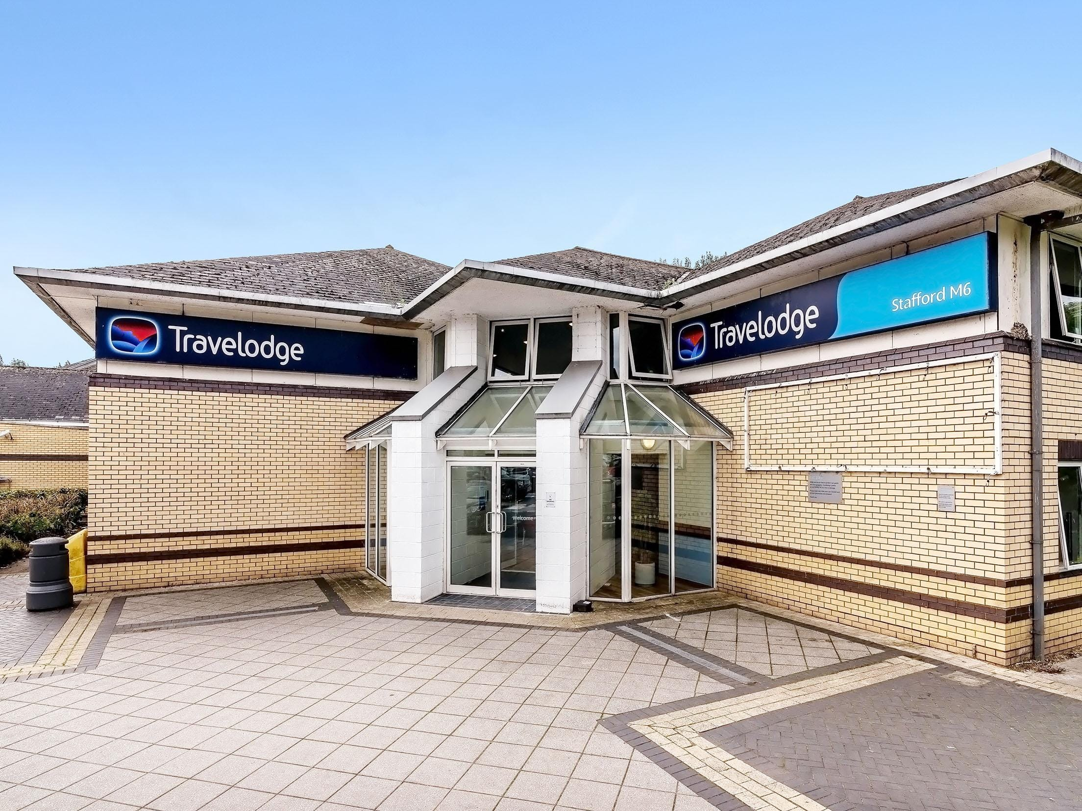 Nearby hotels & Travelodge | Stoke-on-Trent Trentham hotel - Stoke-on-Trent ...