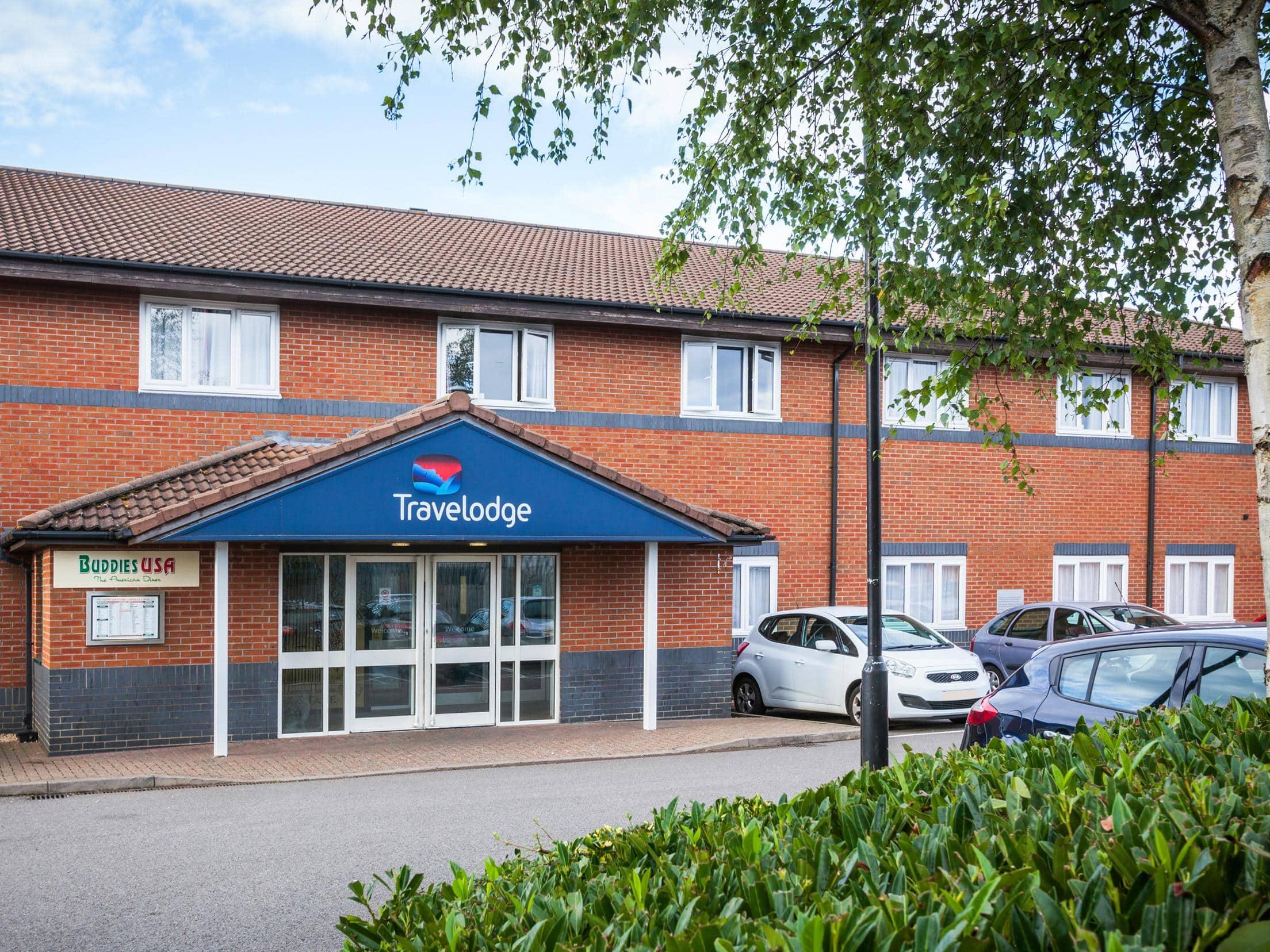 Milton Keynes Central Hotel City Centre Hotels Travelodge