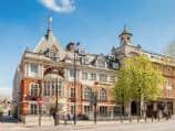 London Central Kings Cross - Exterior