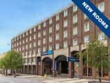London Farringdon hotel exterior
